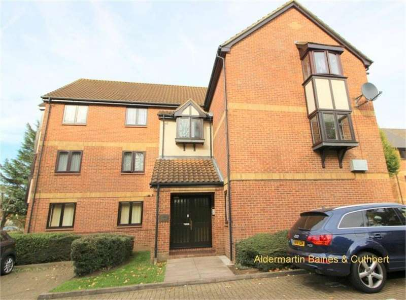 2 Bedrooms Flat for sale in Booth Road, London