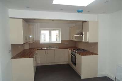 6 Bedrooms House for rent in Halley Road, Forest Gate