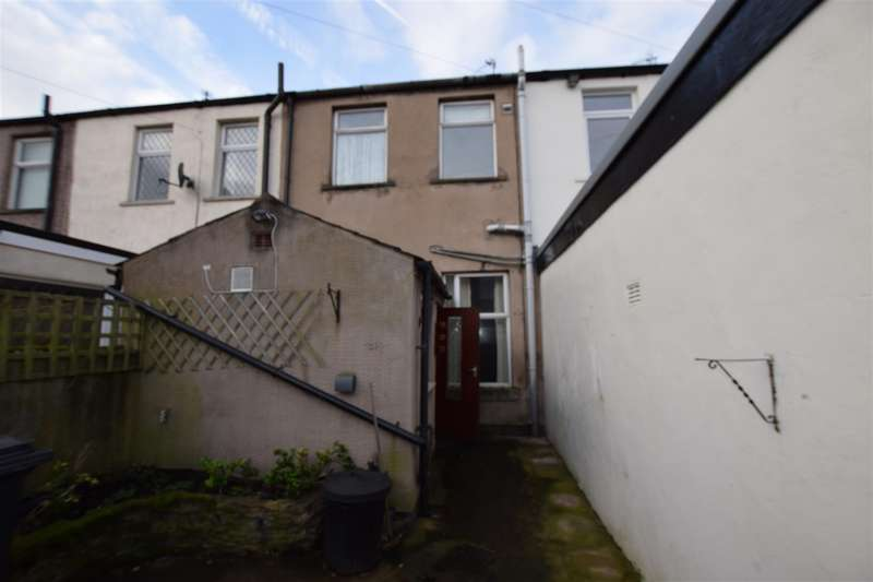 2 Bedrooms House for rent in Elm Street, Great Harwood