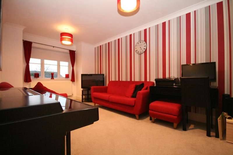 2 Bedrooms Flat for sale in Alexandra Road, Southport, PR9 9HR