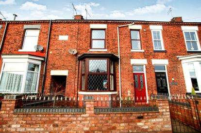 2 Bedrooms Terraced House for sale in Lawton Road, Alsager, Cheshire