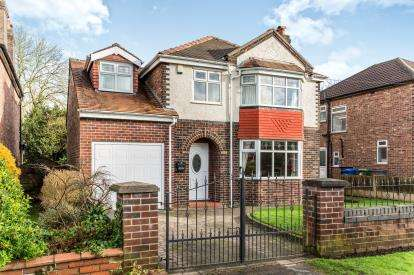 4 Bedrooms Detached House for sale in Glazebrook Lane, Glazebrook, Warrington, Cheshire