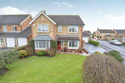 4 Bedrooms Detached House for sale in Caldey Gardens, Ingleby Barwick, Stockton On Tees