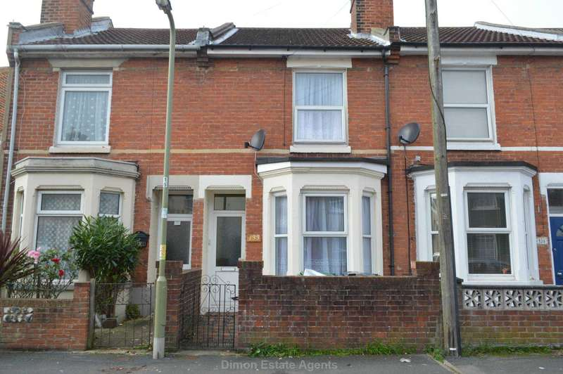 3 Bedrooms Terraced House for sale in Queens Road, Gosport