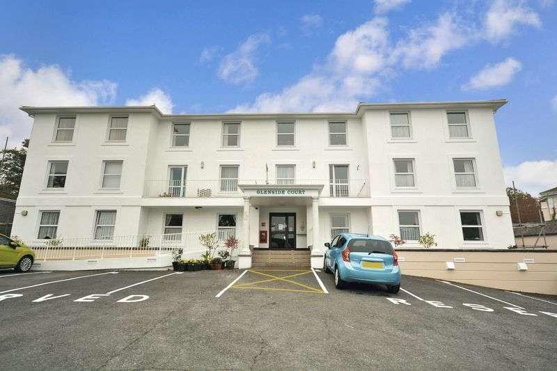 1 Bedroom Property for sale in Glenside Court, Torquay, TQ1 2RJ