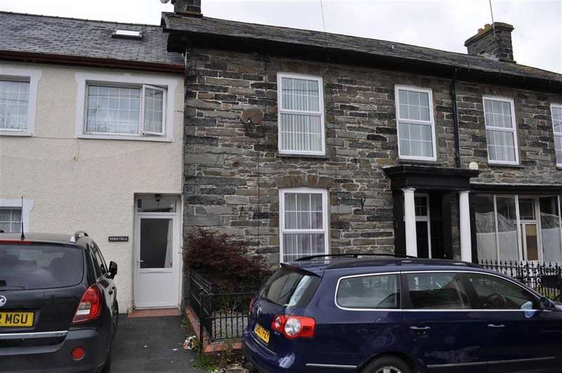 4 Bedrooms Terraced House for sale in Bridge Street, Pontrhydfendigaid