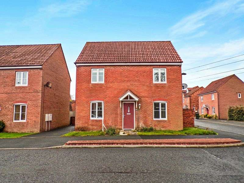 3 Bedrooms Property for sale in Heathfield, West Allotment, Newcastle upon Tyne, Tyne and Wear, NE27 0BP