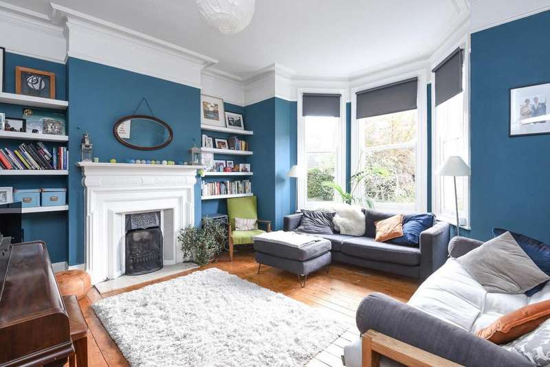 3 Bedrooms Flat for sale in Sutton Road, Muswell Hill