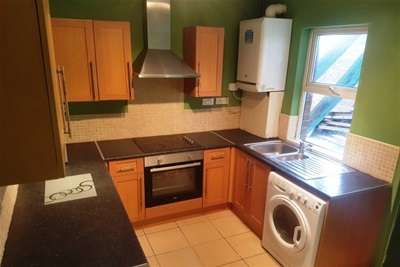 6 Bedrooms House for rent in Whitefield Terrace, Jesmond