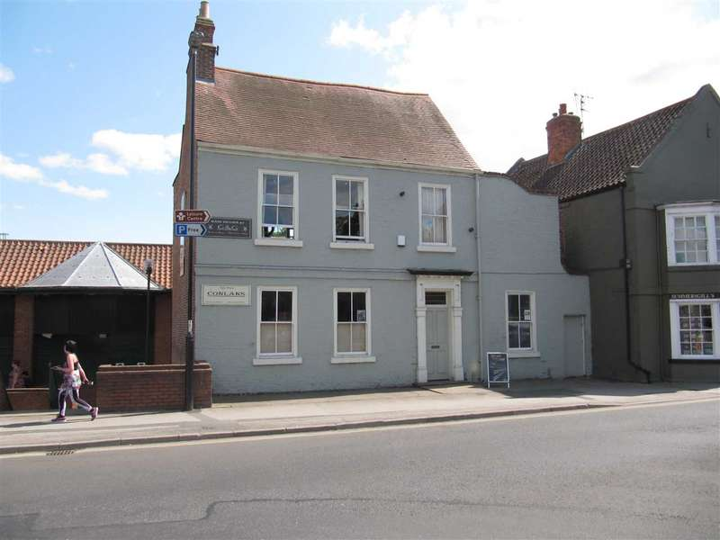 Commercial Property for rent in Front Street, Acomb, York