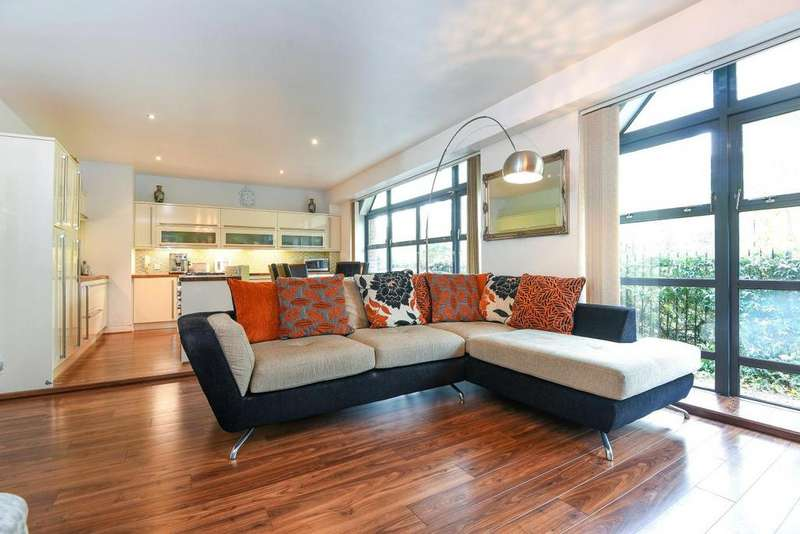 3 Bedrooms Flat for sale in Mayflower Street, Rotherhithe