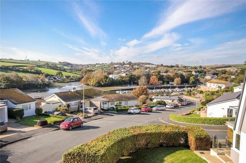 4 Bedrooms Detached House for sale in Highfield Drive, Kingsbridge, Devon, TQ7