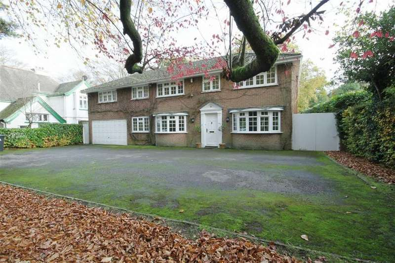 4 Bedrooms Detached House for sale in Wimborne Road, Colehill