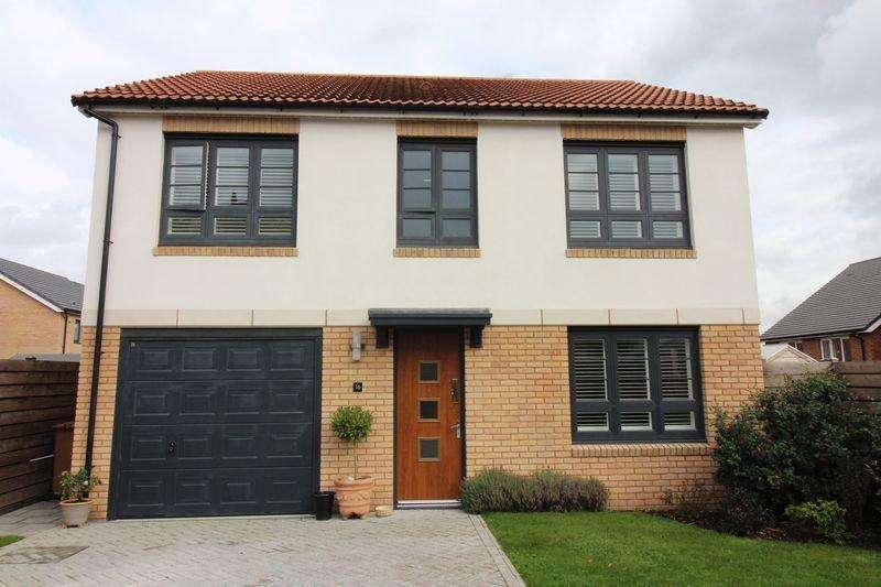 4 Bedrooms Detached House for sale in Bentley Avenue, Buckley