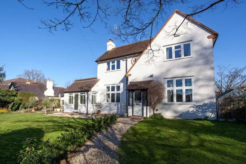 4 Bedrooms Detached House for sale in Kidmore End Road, Emmer Green