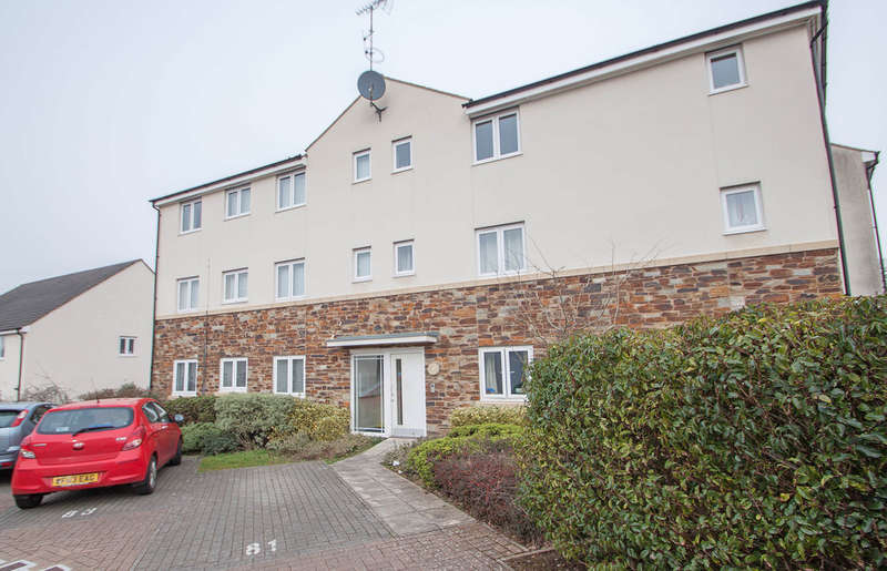 2 Bedrooms Ground Flat for sale in Southway, Plymouth