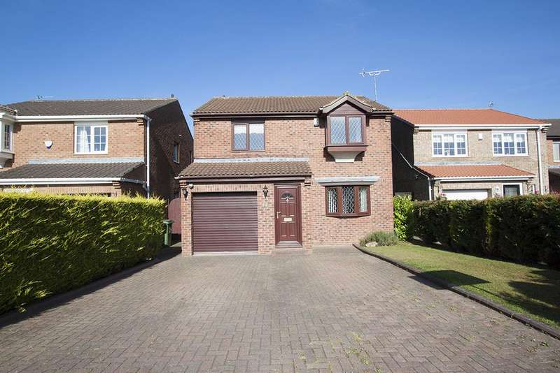 4 Bedrooms Detached House for sale in Chelston Close, Naisbury Park, Hartlepool TS26