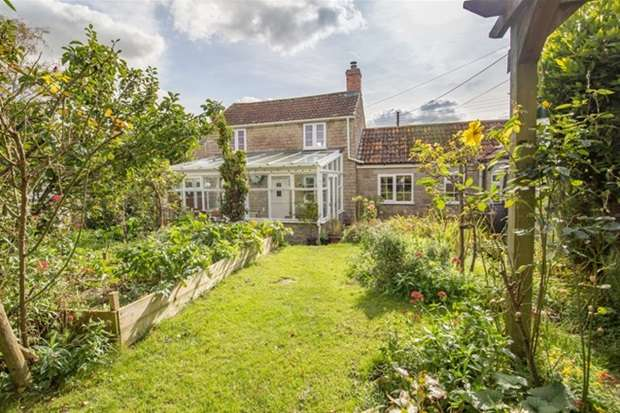 3 Bedrooms Detached House for sale in The Barton, Charlton Adam, Somerton