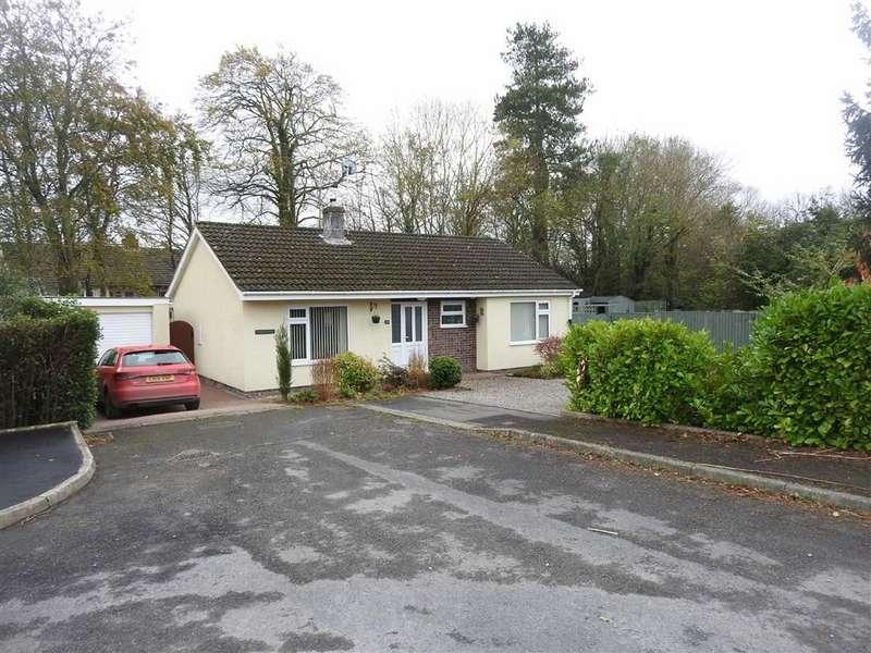 2 Bedrooms Detached Bungalow for sale in Gelliwen, LLECHRYD