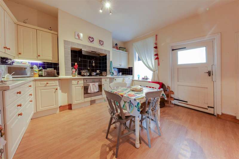 2 Bedrooms Terraced House for sale in Woodcroft Street, Reedsholme, Rossendale