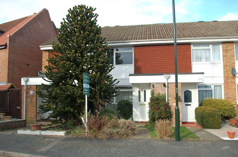 2 Bedrooms House for rent in Hampton