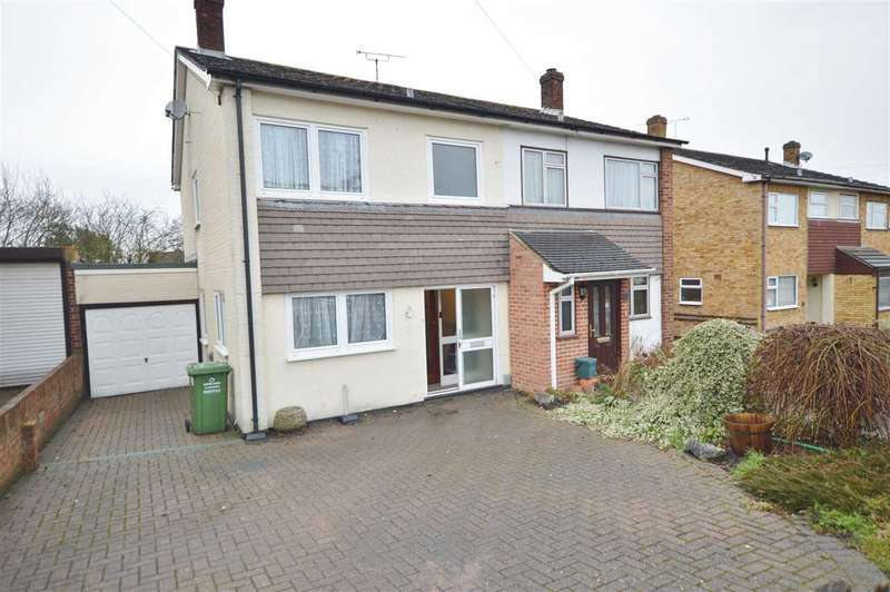 3 Bedrooms Semi Detached House for sale in Wickford - Investment Buyers Preferred