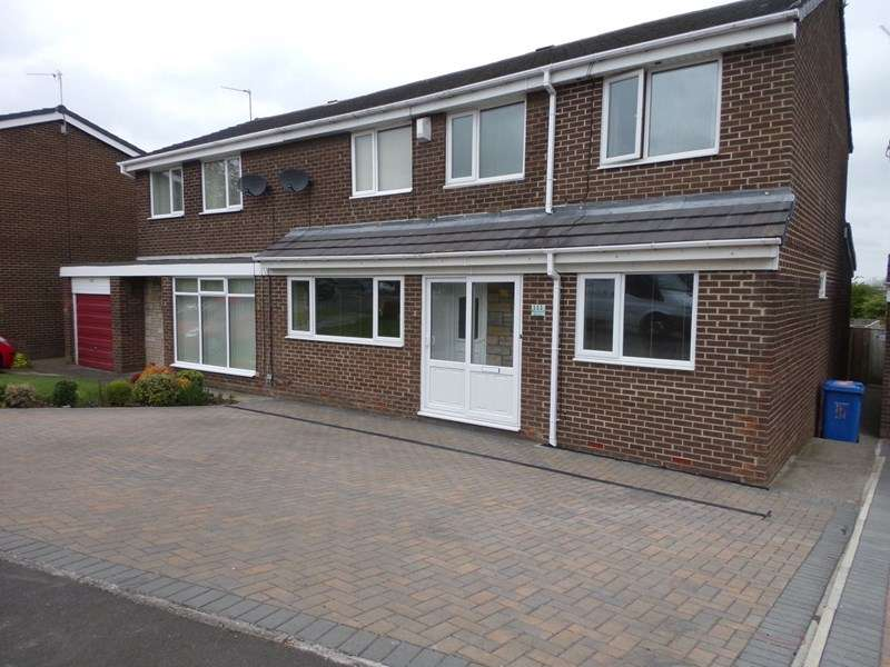 4 Bedrooms Property for sale in Newlyn Drive, Cramlington, Northumberland, NE23 1RP