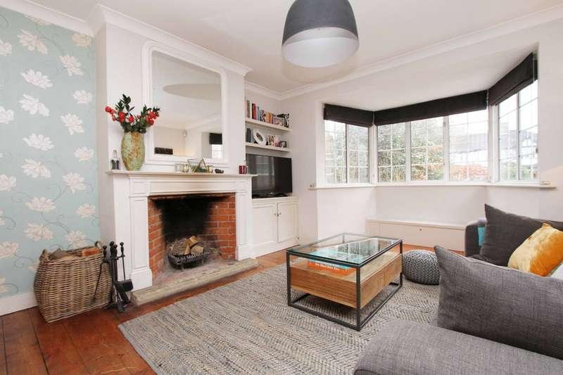 3 Bedrooms Semi Detached House for sale in Rickmansworth Road, Pinner