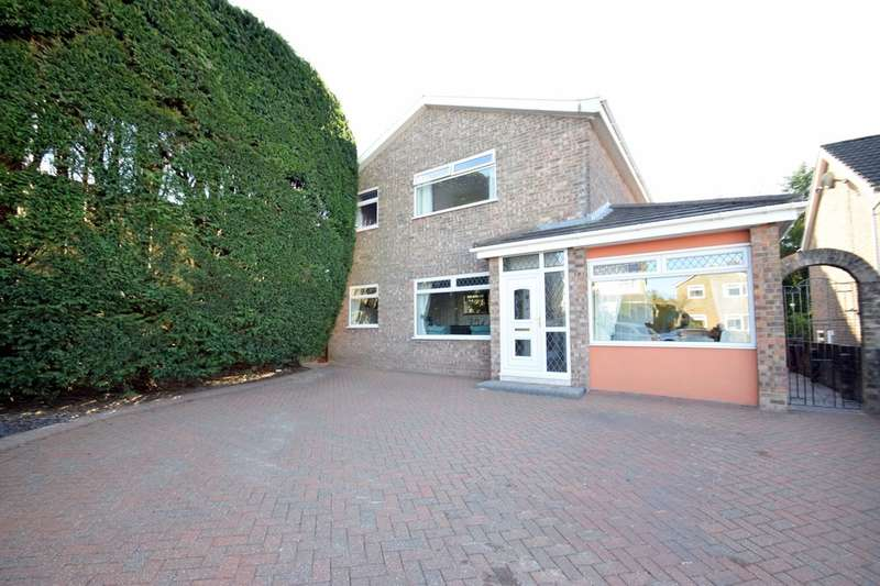 4 Bedrooms Detached House for sale in 11 Bracken Way, Litchard, Bridgend, Bridgend County Borough, CF31 1YQ.