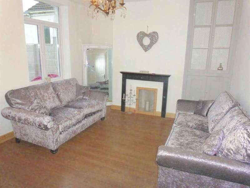 3 Bedrooms Terraced House for sale in Park Street, Kenfig Hill