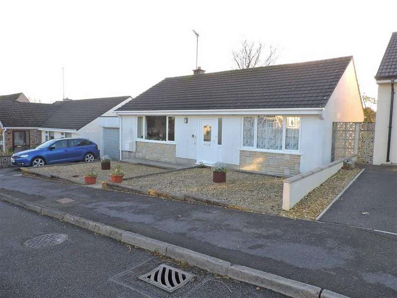 2 Bedrooms Detached Bungalow for sale in Adams Drive, Narberth, Pembrokeshire
