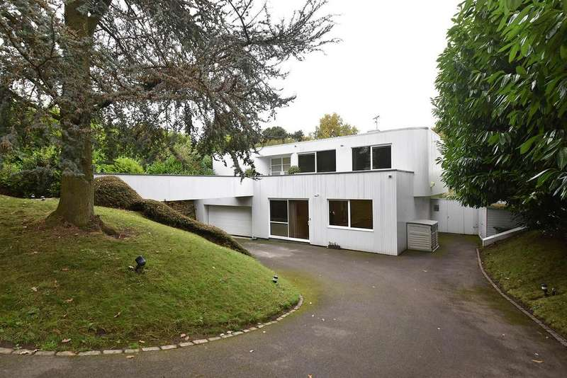 4 Bedrooms Detached House for sale in Weston Road, Wilmslow
