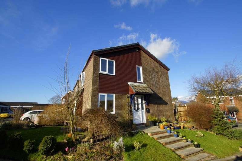 3 Bedrooms Detached House for sale in Lymbridge Drive, Blackrod