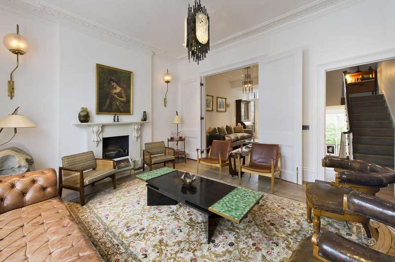 5 Bedrooms House for sale in Sussex Street, London. SW1V