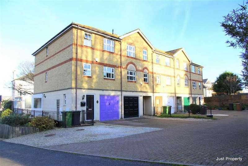 4 Bedrooms Town House for sale in Redmayne Drive, Hastings