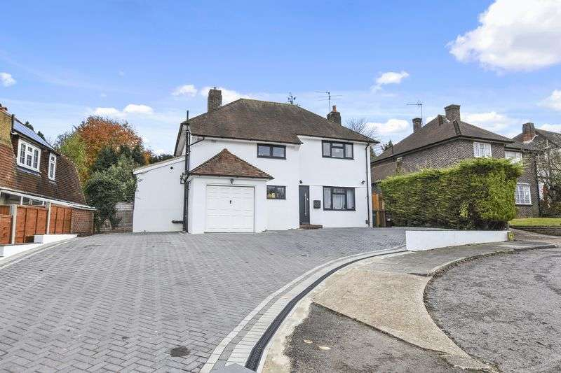 4 Bedrooms Property for sale in Reigate Road, Epsom Downs Epsom, Surrey