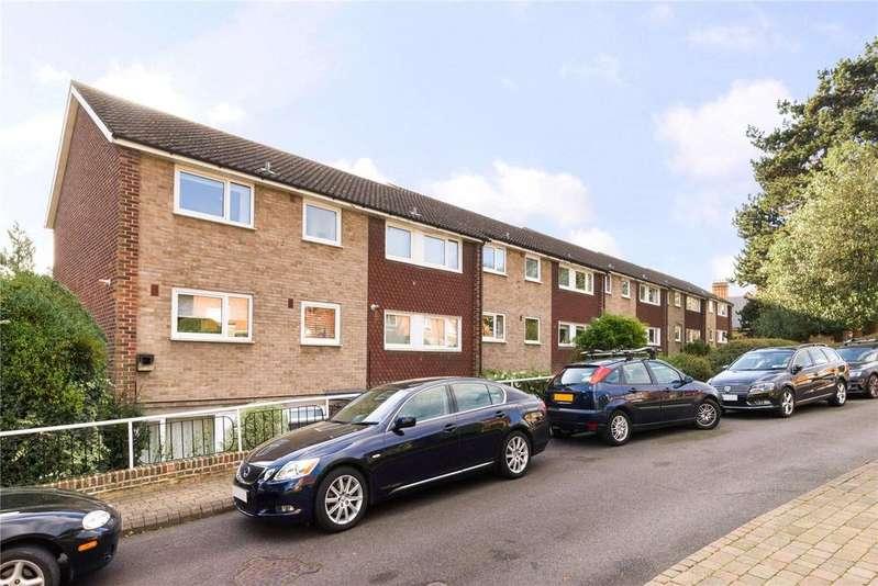 3 Bedrooms Flat for sale in Oakhill Court, Edge Hill, Wimbledon Village, London, SW19