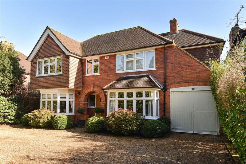 4 Bedrooms Detached House for sale in Aldbourne Avenue, Earley