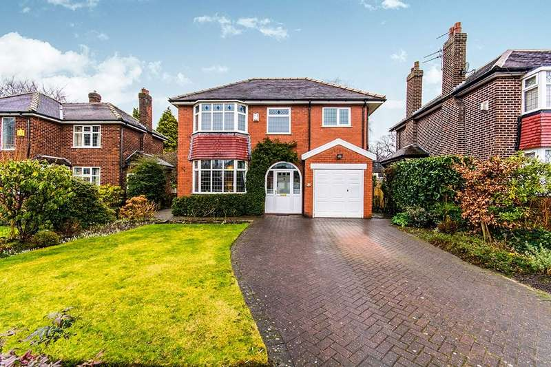 4 Bedrooms Detached House for sale in Greenway Close, Sale, M33