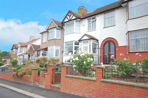 4 Bedrooms Terraced House for sale in Wood Close, London