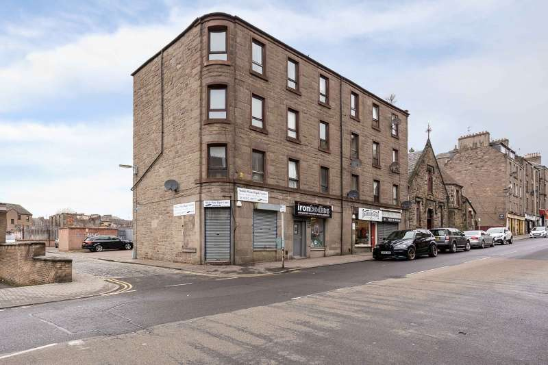 2 Bedrooms Flat for sale in 98 Albert Street, Dundee, Angus, DD4 6QH