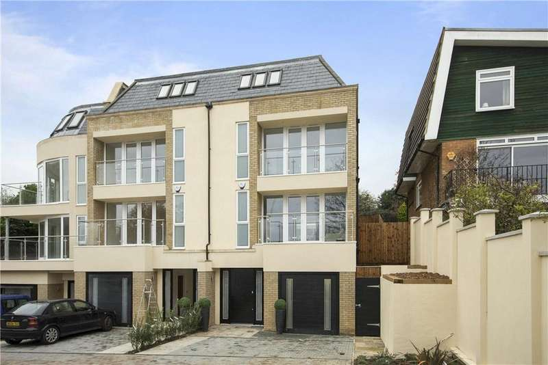 5 Bedrooms Terraced House for sale in Thackeray Close, Wimbledon, London, SW19