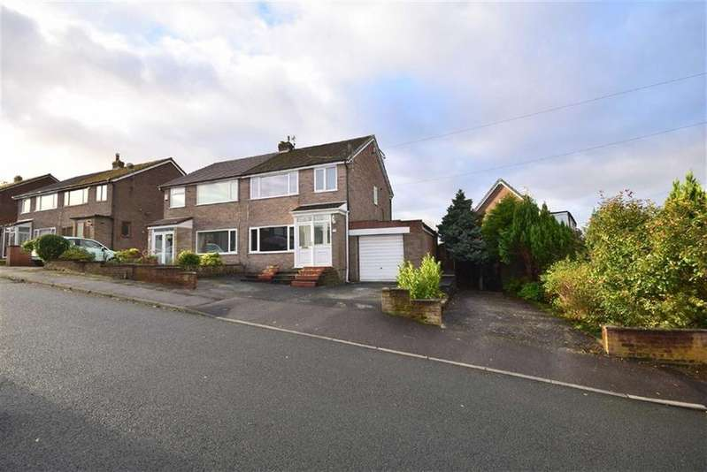 3 Bedrooms Semi Detached House for sale in Somerset Road, Rishton, Lancashire, BB1