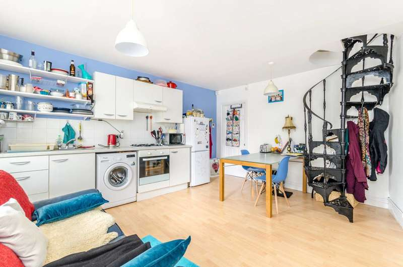 2 Bedrooms House for sale in Tressilian Crescent, Brockley, SE4