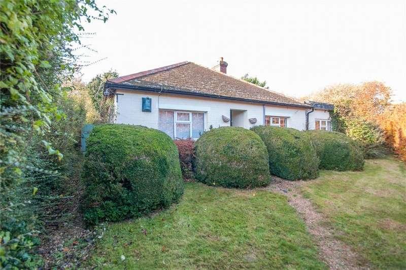 3 Bedrooms Detached Bungalow for sale in School Path, Littlebourne, CT3
