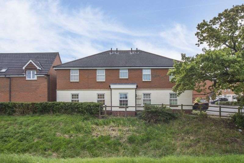 1 Bedroom Property for sale in Narberth Close Coedkernew, Newport