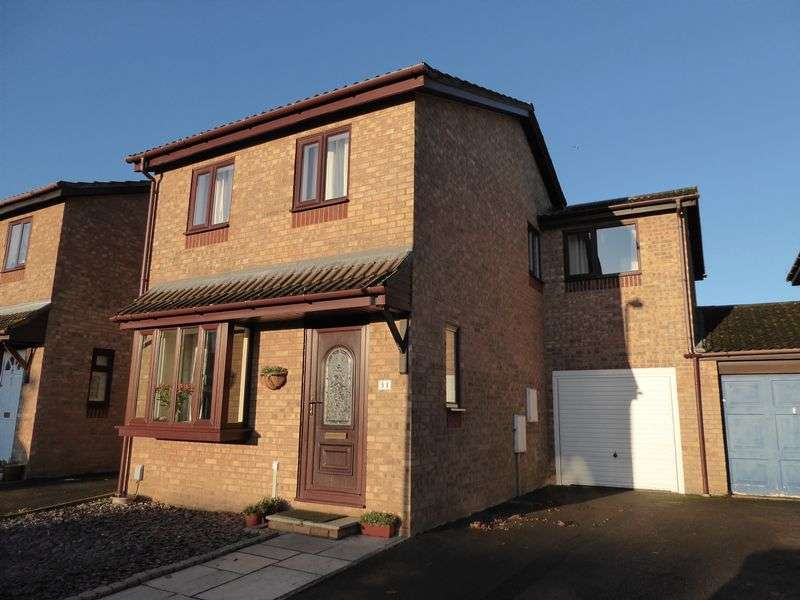 4 Bedrooms Property for sale in Beckdale Close, Bicester