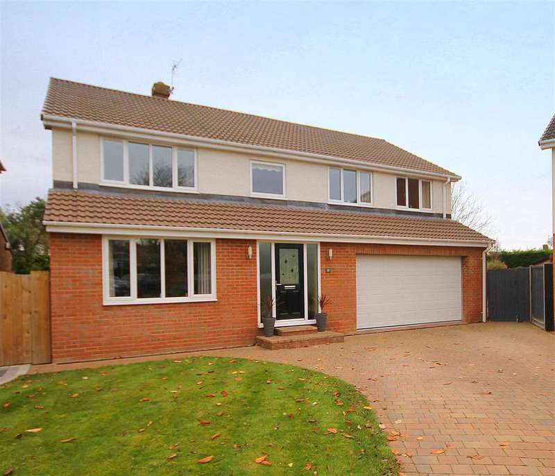 4 Bedrooms Detached House for sale in Coatham Drive, West Park, Hartlepool