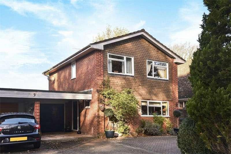 4 Bedrooms Link Detached House for sale in Fleet, Hampshire