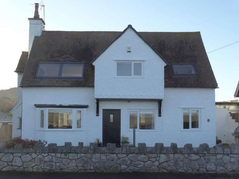 4 Bedrooms Detached House for sale in 149 Marine Drive, Rhos on Sea, LL28 4HY